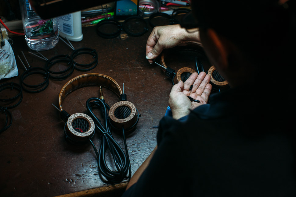 RS1e Hand Building - Grado Labs Photo Essay